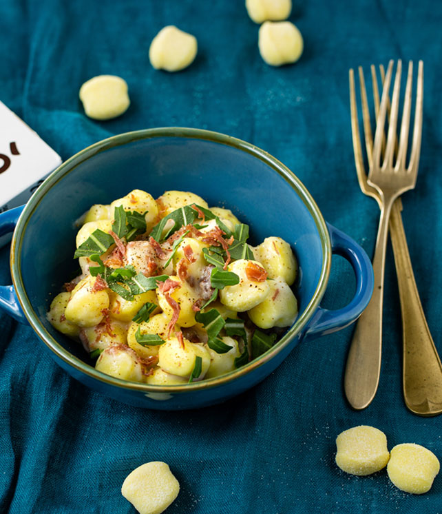gnocchi di solo patate e acqua con squacquerone