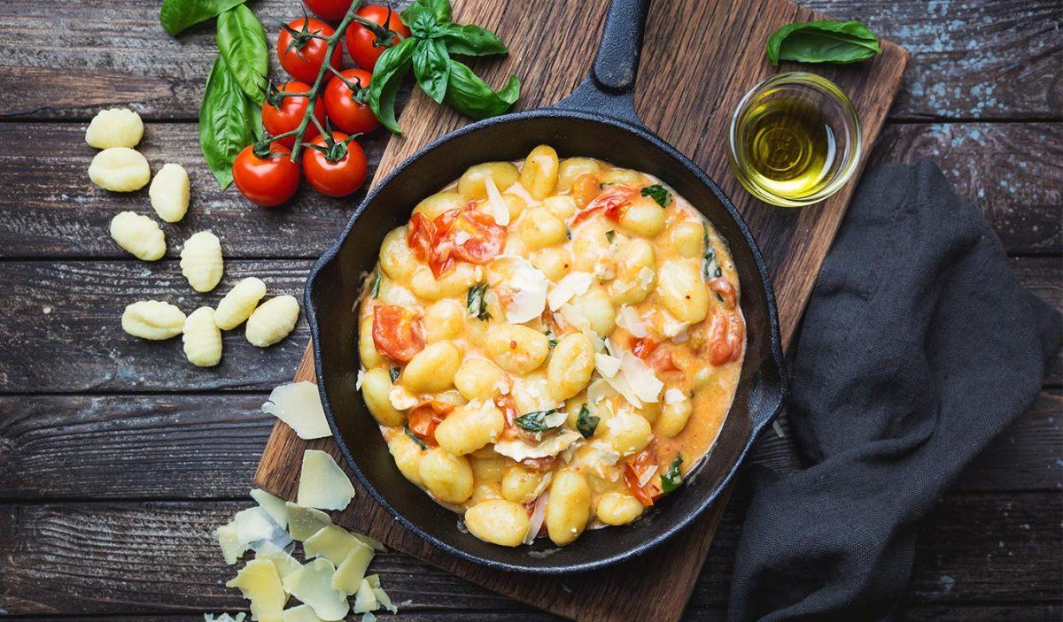 gnocchi con mozzarella e pomodoro